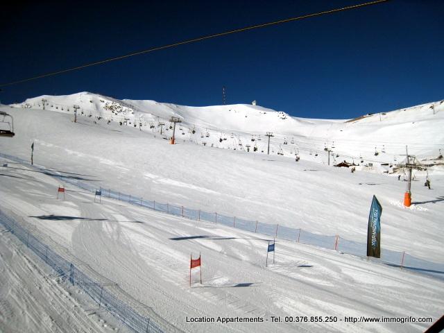 Location d'appartements Pas de la Casa Agence GRIFO Pas de la Casa Neige, Soleil, Ski, Shopping Free Taxes, Bien Etre RESERVATION APPARTEMENTS GRIFO VACANCES Pas de la Casa GRANDVALIRA ANDORRA Alt. 2100 m, a 2.600.-  le meilleur enneigement des Pyrénées, un ensoleillement exceptionnel. Activités Ski Andorra. Location appartement pas de la Case, se loger au pas, logement pas de la Case, sejour au Pas de la Case. Louer appartement pas de la case, louer studio au pas de la case, studio a louer au pas de la case, louer studio el tarter, sejour pas de la case, sejour ski Andorre, vacances de neige, location pied de pistes pas de la case, logement pied des pistes grandvalira pas de la case Andorre, Peche a la truite en Lac, Entreprises qui offrent activités alternatives à la neige.