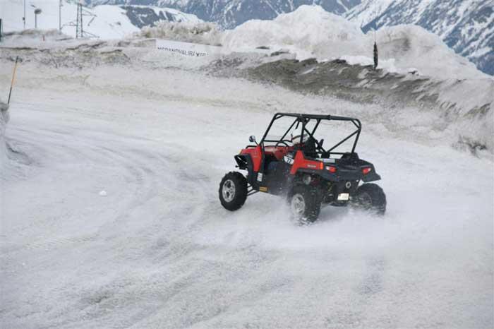 Immogrifo + Andorra Ice Experience conducció de buggies sobre la neu al Circuit de Gel de Grandvalira