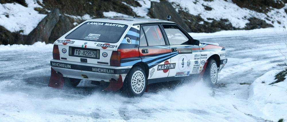Dans le but de récupérer l'esprit des rallyes classiques, le Club automobile d'Andorre organise la deuxième édition de cette épreuve hivernale régulière, sur neige, nocturne et sur route fermée, pour véhicules classiques.