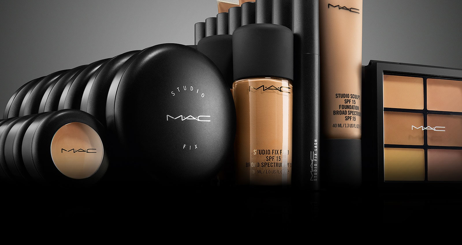 Make-up Art Cosmetics, plus connu sous le nom de M·A·C ou MAC Cosmetics, est un fabricant de cosmétiques fondé en 1985 à Toronto, au Canada et dont les bureaux sont situés à New York, aux États-Unis. MAC Cosmetics est contrôlé depuis 1994 par le groupe Estée Lauder, et propose une gamme très large de produits de maquillage pour le public et les professionnels.