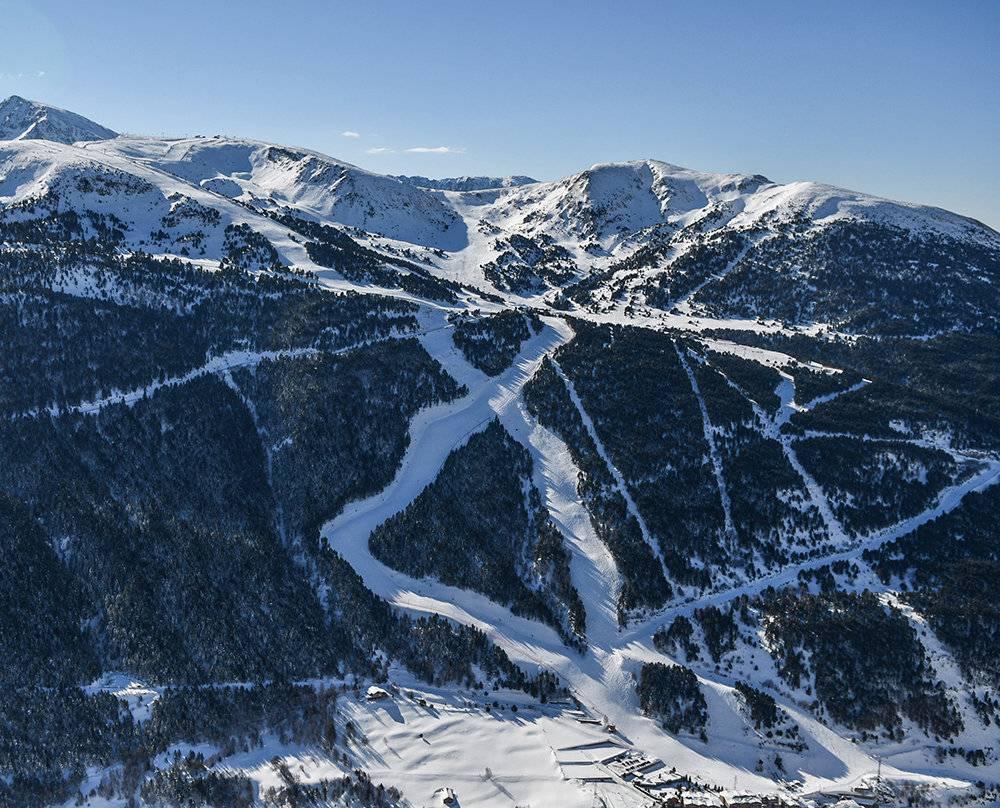 Reserver appartements FINALES COUPE DU MONDE FIS DE SKI ALPIN 2019 De 11/03/2019 au 17/03/2019 Grandvalira, Soldeu - El Tarter,( Canillo ) Les finales de la Coupe du monde FIS de ski alpin auront lieu pour la première fois en Andorre en 2019, à Grandvalira. Un rendez-vous historique.